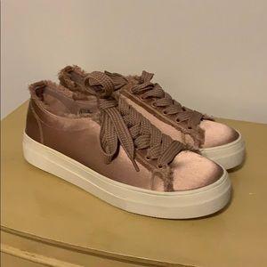 New Steve Madden shoes